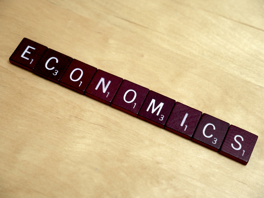 Principles of Economics I, Photo: Lending Memo