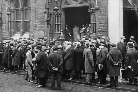 Economic Crisis 1930, Photo: Bundesarchiv, Bild 102-10246 via Wikimedia Commons